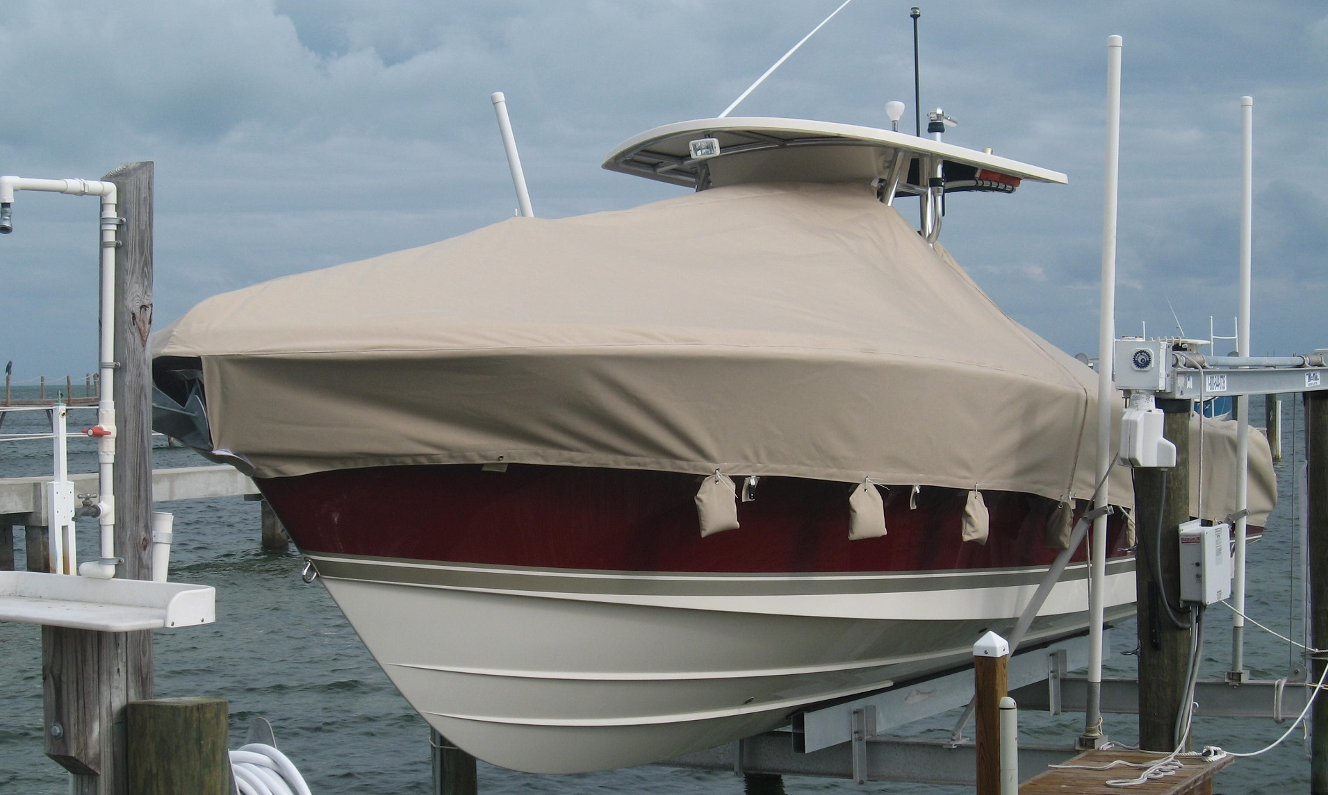 Custom marine canvas boat cover for center console Fort Lauderdale